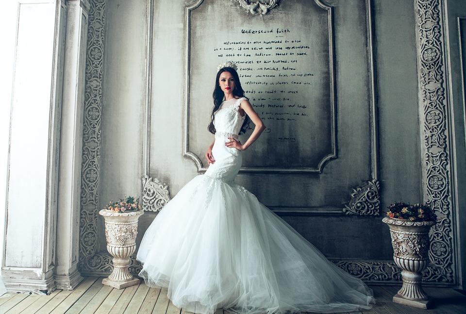Wenn nicht Strümpfe, was dann für die Braut? Wir schlagen Alternativen vor!